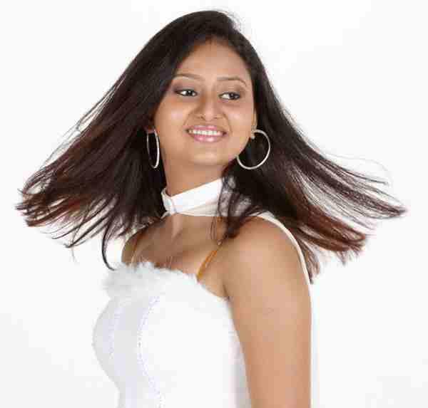 Amulya-Amoolya-Hair-Color