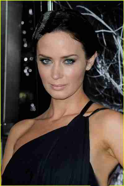Emily Blunt Weight
