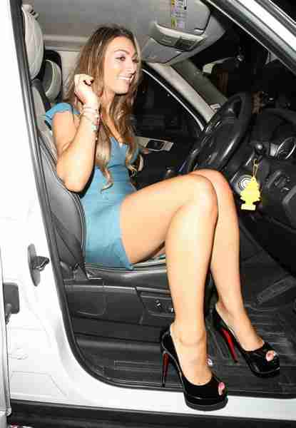 Luisa Zissman Hips Size